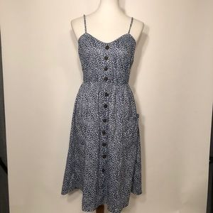Dresses & Skirts - Floral Navy White Dress. Size L